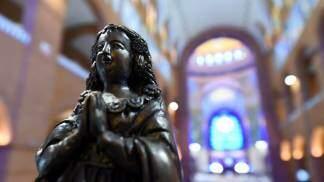 Nosa Senhora Aparecida no Santuárioi
