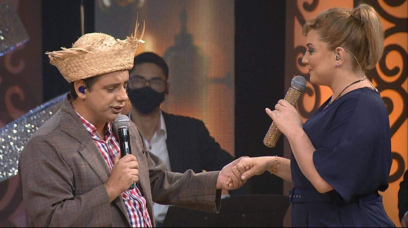Mariangela recebe Tonho Prado no Aparecida Sertaneja