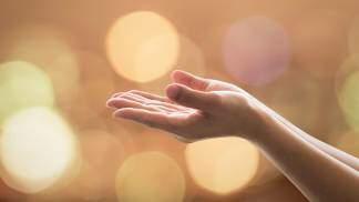Bênção, mãos estendidas, graça, dádiva, dom de Deus